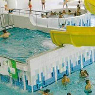 Piscine tobogan